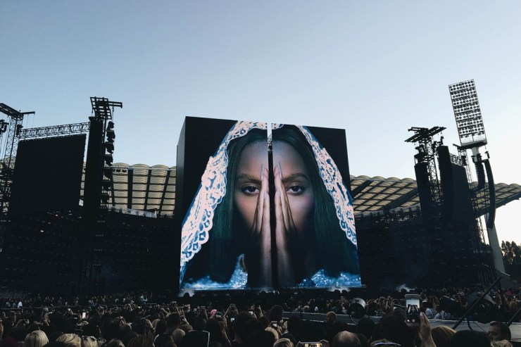 beyonce-es-devlin-set-design-formation-world-tour